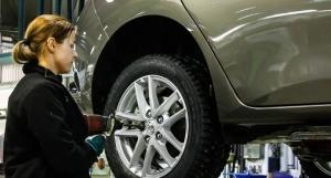 Toyota Itäkeskuksessa on KESÄTÖITÄ tarjolla mekaanikolle, korimekaanikolle, huoltoneuvojalle sekä varaosamyyjälle. Lue lisää klikkaamalla: https://www.recright.com/careers/fi/metroauto/kesatyontekijoita-5c76283c6b7688e4dce5850b